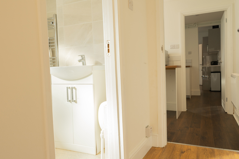 peterborough serviced accommodation 30 huntly grove b13 midlands managed properties